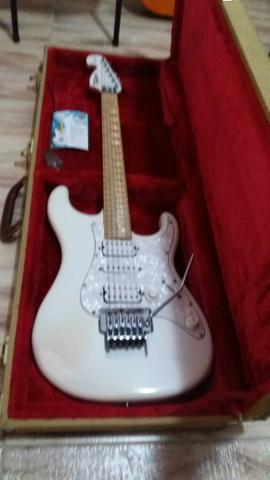 Guitarra Tagima E2 made hand in Brasil com case de luxo