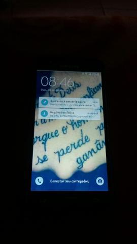 Vendo ou troco celular j5 com tela trincada falou 250 reais