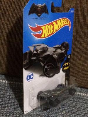 Hot Wheels - Batmóvel - Batman vs Superman