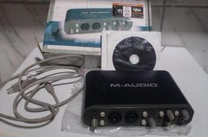 Placa de áudio Fast Track Pro USB