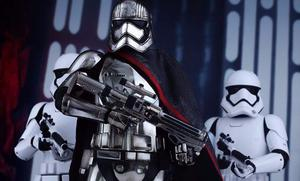 Star Wars Captain Phasma Hot Toys Sideshow Exclusive