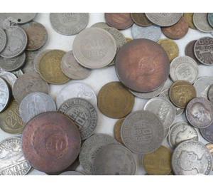 VENDO MAIS DE  MOEDAS ANTIGAS DE RÉIS R$500 TUDO