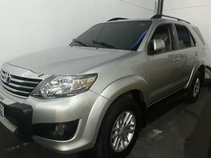 Hilux 2.7 4x2 ano  completo f. -