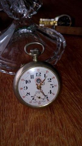 f336557b0f9 Relógio de bolso omega grand prix paris ouro
