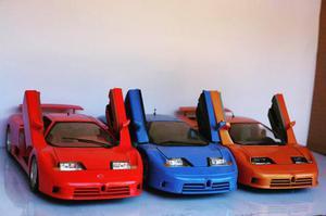 3 Bugatti EB Bburago) e (1 maisto) em ótimo estado