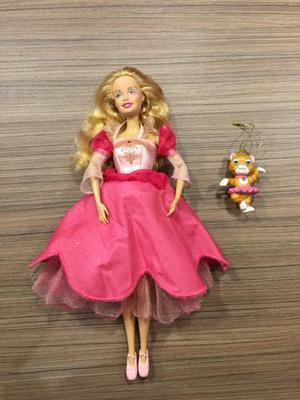 Barbie Genevieve e gata Twyla, do filme 12 Princesas