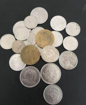 Lote com 32 moedas raras !!!