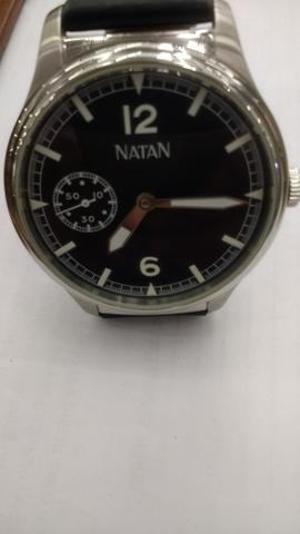 Relógio marca Natan manual grande aço
