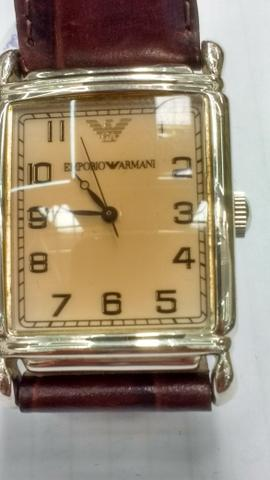 Relógio marca empório Armani retangular aço