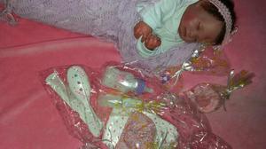 Vendo bebê reborn de molde importado