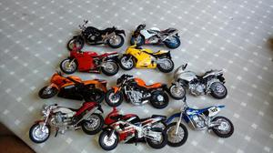 Vendo coleção de motos perfeito