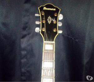 GUITARRA SEMI ACÚSTICA IBANEZ AS 93 BLUE SUNBURST. usado