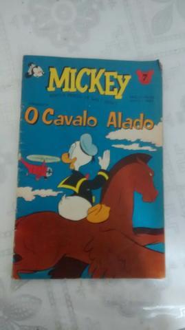Gibi antigo Mickey o cavalo alado