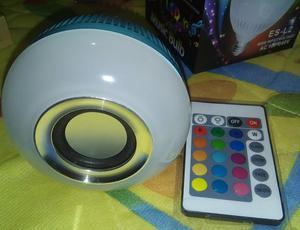 Lâmpada Led 6w Rgb com Caixa Som Bluetooth 2 Em 1