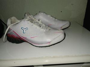 Tênis Tryon tamanho 37