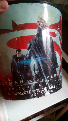 Vendo batman vs Superman