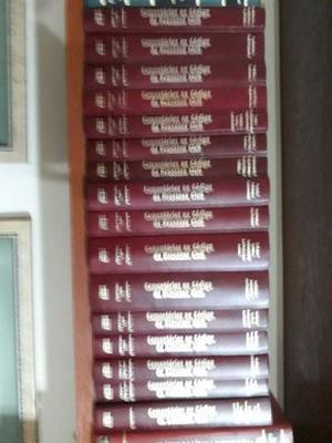 Coleção formada por 16 volumes de Comentários ao CPC