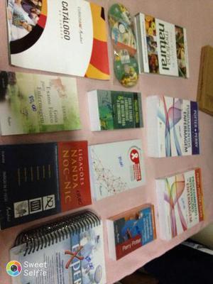 Vendo esses livros.para área de enfermagem e medicina