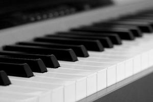 Aulas de Musica em sua casa - Teclado em casa