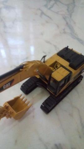 Miniatura de Escavadeira