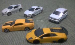 Miniaturas de carros e motos, temos diversos modelos
