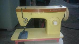 Vendo está Máquina de Costura Singer