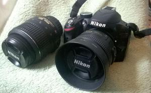 Câmera Nikon D com lente  e 35mm