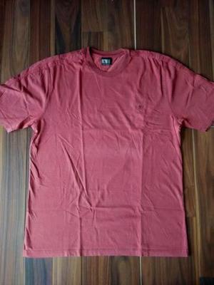 Side Walk (2 Camisetas M) – Novas