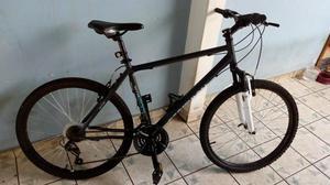 Bicicleta Usada com Roupa. 10X no cartão