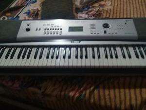 Hamaha dgx230 piano