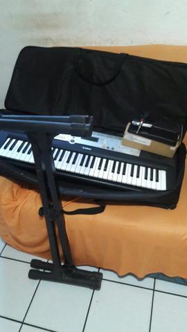 Teclado Yamaha Completo
