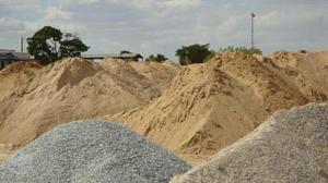 Areia, barro a partir de 90 reais