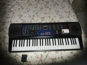 Vende teclado da marca casio