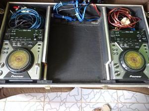 Par de CDJ Pioneer 400 Com case