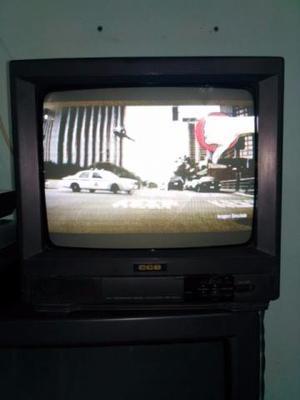 Vendo TV de 14 polegadas de tubo, funcionando e com controle