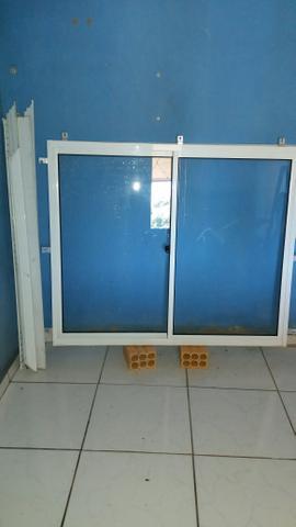 Janela e porta