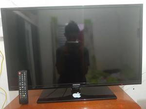 Troco duas TVs perfeito estado uma de 32 E outra de 27 LCD e