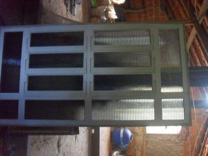 Basculante de Aluminio Pintado com vidros fume canelados