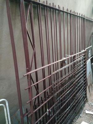 Grade de ferro, portão