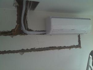 Instalação de ar condicionado split e janela