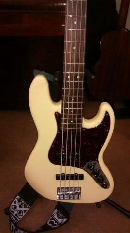 Fender Jazz Bass Deluxe 5 cordas  zero