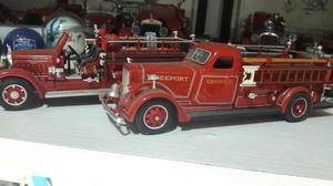 Carros de bombeiros antigos
