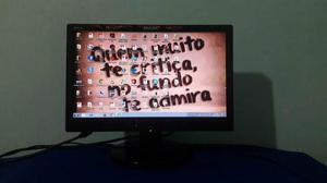 Vendo Monitor Philips 15,6 polegadas LCD