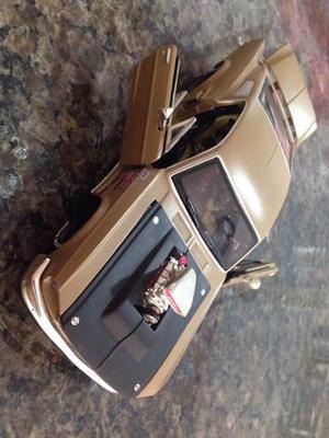 Carrinho Maisto Ford Mustang gt