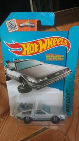 Carro Hot Wheels Delorean
