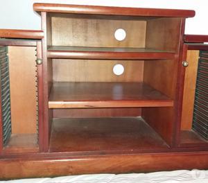 Mesa de Centro e Rack em madeira de lei