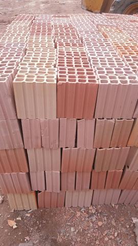 Promoção de tijolos à pronta entrega