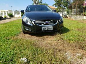Vendo ou troco Volvo s cv -