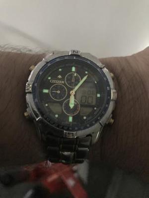 06b869f19e0 Relógio citizen hora mundi série ouro
