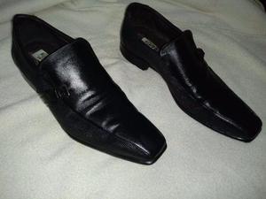 Par de sapato social masculino